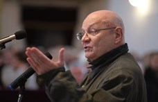 Bereményi Géza író kapta a Kölcsey-emlékplakettet