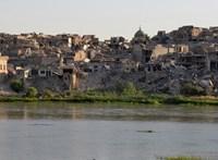 Elsüllyedt egy túlterhelt komp Irakban, sokan megfulladtak