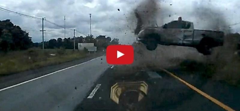 Hihetetlen reflexszel úszta meg a balesetet a sofőr – videó