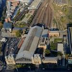 Demján bevinné a Nyugati pályaudvarhoz a múzeumi negyedet