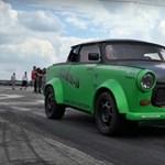 180 lóerőt pakoltak a Trabantba, még a tuningolt VW Golfot is elverte – videó