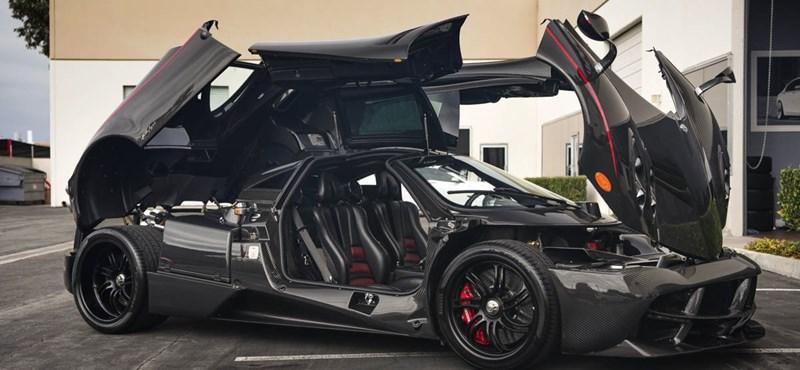 Több a karbon alkatrész ezen a Paganin, mint egy F1-es versenyautón