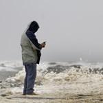Sandy félelmetes erejét jelzi a tőzsdebezárás