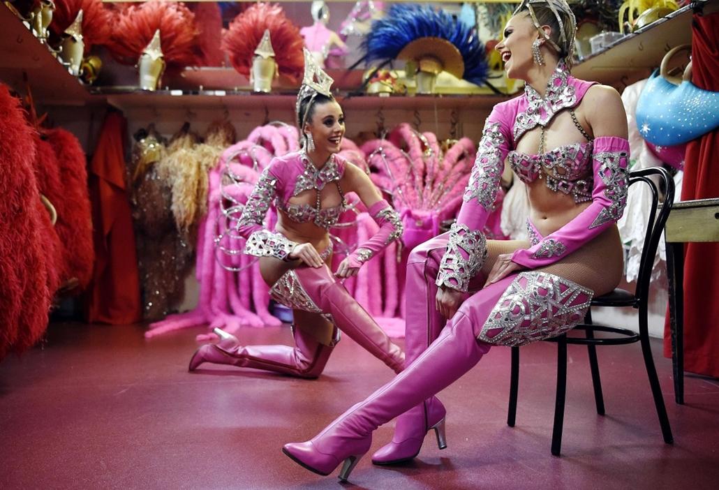 afp. Maison Clairvoy, Moulin Rouge 2014.04.22. táncosok, cipők