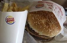Fejjel lefelé fordított whoppert reklámoz a Burger King, és jó oka van rá