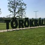 Törökbálint fideszes polgármestere lépett: havi támogatást ad a munkából kiesetteknek