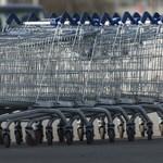 Problémák vannak a bolti dolgozók nyári szabadságolásával