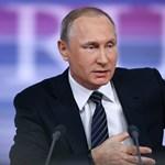 Putyin fenyegetőzik és magabiztos