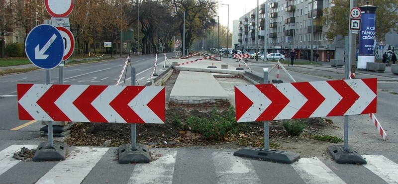 "Kósa Lajos ""4-es metrója"": a debreceni 2-es villamos kisiklása"