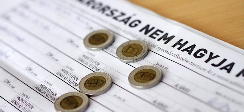 Itt az újabb rezsicsökkentés: mától törvény tiltja a mobilos díjemelést