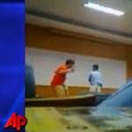 Videó: így fenyítik a diákokat az elektromos pálcával