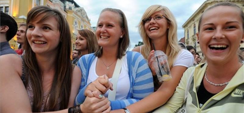 Visszavonulót fújt Hoffmann Rózsa: mégis felvételizhet az elbocsátott egyetemista