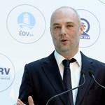 Eddig közel 11 milliárd forint értékben kaptak állami megbízásokat Kuna Tibor cégei idén