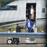 Mészáros Lőrinccel a fedélzetén landolt a 17 milliárdos luxusgép – videó