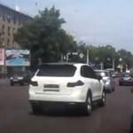 Miért van fedélzeti kamera az oroszok autóiban?