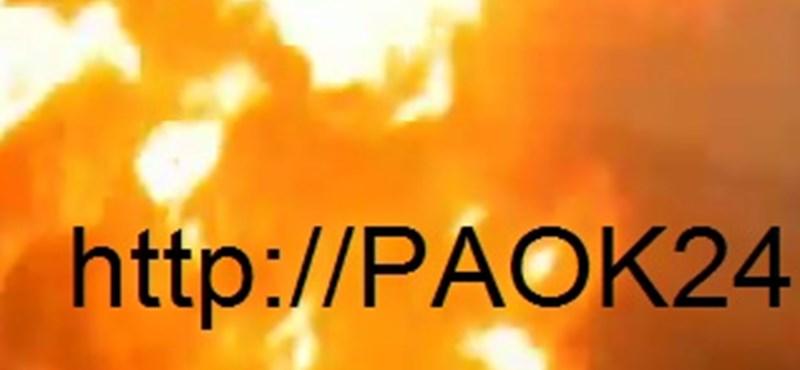 Videó: felgyújtották a PAOK szurkolóinak buszát Zágrábban