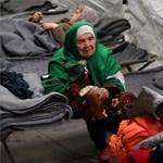 105 éves asszonyt találtak a menekültek között