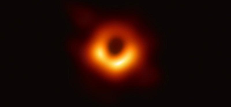 Újabb történelmi fénykép készült egy fekete lyukról
