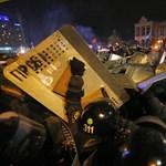 Kijev: egymillió tüntető nézhet szembe a rohamrendőrökkel