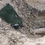 Kiszedték a gyújtószerkezetet a BAH-csomópontnál talált bombákból