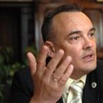 """Fidesz-közeli ügyvéd csapott le az """"Audi-földekre"""""""