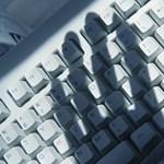 Manipulálják a felhasználókat? Trükközéssel vádolják a Facebookot, a Google-t, de a Windows 10-nek is körmöst adnának