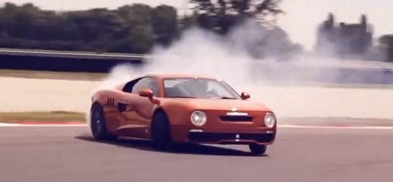 Így szaggatja az aszfaltot a Skoda 130 RS 430 lóerős utódja – videó
