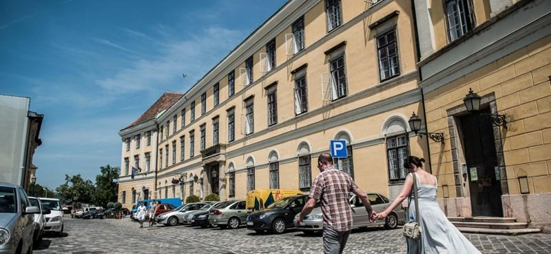 Nem Orbánnak építik át a Budai Várat – exkluzív részletek a várpalota felújításáról
