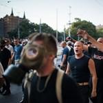 Jobbik: jogos önvédelem volt a rendőrkutyába rúgni
