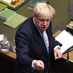 Egyfősre csökkent Boris Johnson kormányfő többsége a brit parlamentben