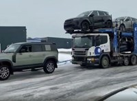 A kereskedés előtt álló vadonatúj Range Rover Defender húzta ki a bajból az autószállító kamiont – videó