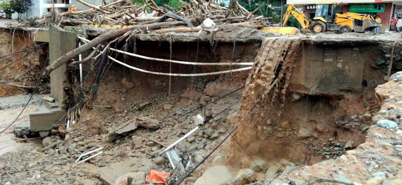 Két folyó áradása több mint 200 kolumbiai halálát okozta