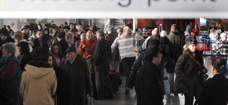 Egy öngyújtó pánikot okozott a katowicei repülőtéren