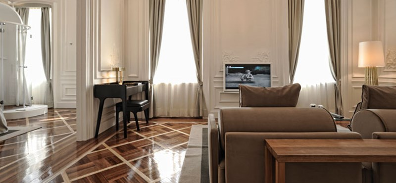 Magyar milliomos nyitott hotelt a Nyóckerben