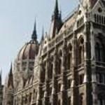Benyújtotta a Fidesz az iskolába járáshoz kötött családi pótlékról szóló törvénytervezetet