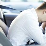 Nincs is rosszabb a fáradt sofőrnél, és már az autók is tudják ezt