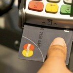 Titokban megállapodott a Mastercard és a Google, hogy lekövessék a neten kívüli vásárlásokat is [frissítve]