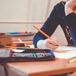Középiskolai felvételi: tehetséggondozó programra jelentkezhetnek a hátrányos helyzetű diákok