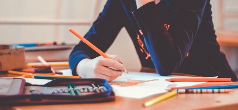 Nyolc dolog, amire midenkit megtanít a középiskola