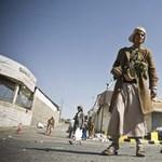 A jemeni kormány és az elnök is lemondott