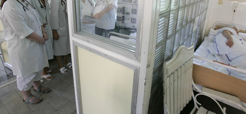 Szegeden is bezár egy kórházi osztály, mert nincs elég dolgozó