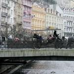 Karlovy Vary készül a nemzetközi filmfesztiválra