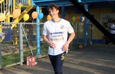 Összeesett a pályán és meghalt egy 18 éves magyar focista