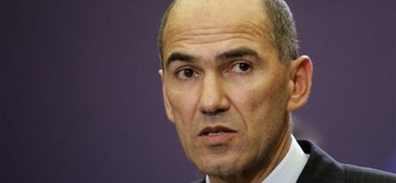 Műveletlen parasztportára költözött a szlovén ellenzéki vezető