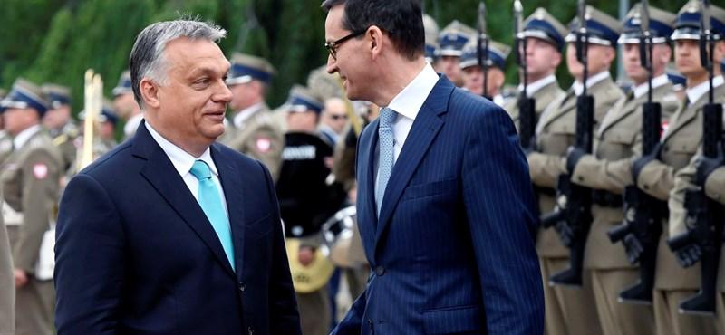 Megint Lengyelországba vezetett Orbán első útja