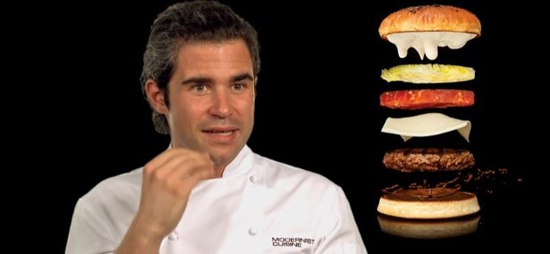 Elkészült a hamburgerek királya! (videó)