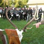 Hatvan viszi a vadászpuskát: milliókat venne el Matolcsytól egy fideszes