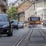 Meghalt egy felforrósodott autóban hagyott kislány Szlovákiában