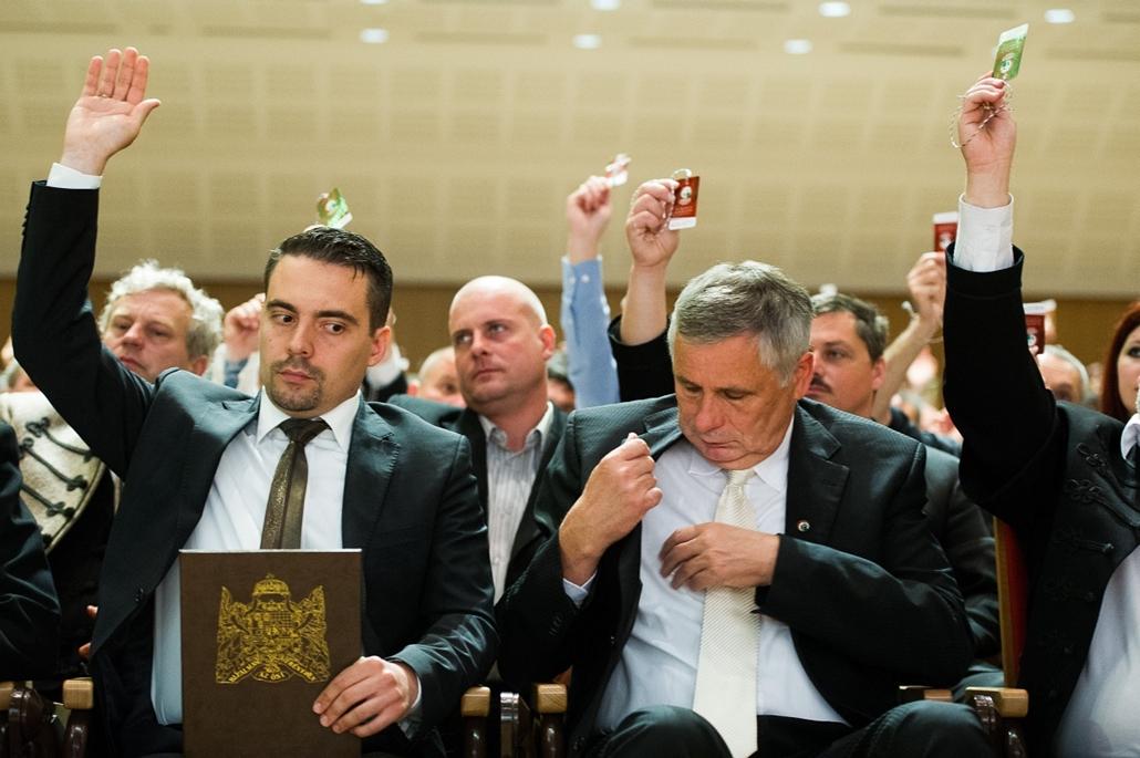 2012.05.19. - a Jobbik IX. országos kongresszusa, küldöttgyűlése, ahol megválasztották az új elnökséget - Vona Gábor, Balczó Zoltán - évképei