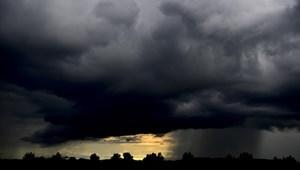 Országszerte 180 helyszínen kellett beavatkozniuk a tűzoltóknak a vihar miatt